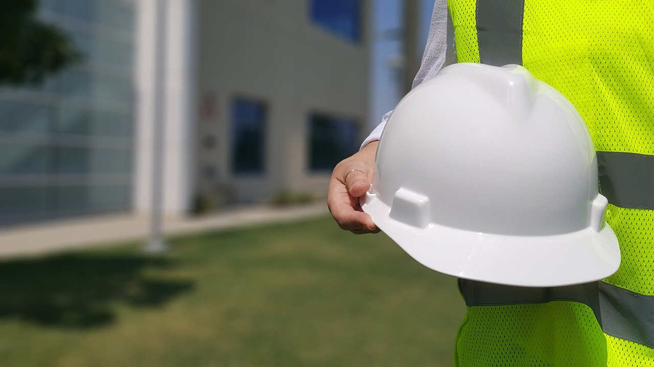 Finding An Experienced Electrical Contractor